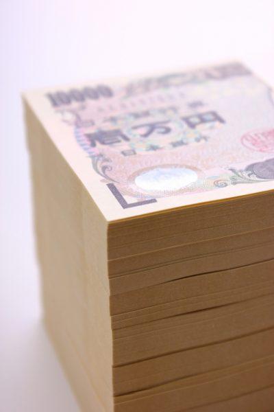 2,000万円を30代で貯蓄している人の年収別の割合