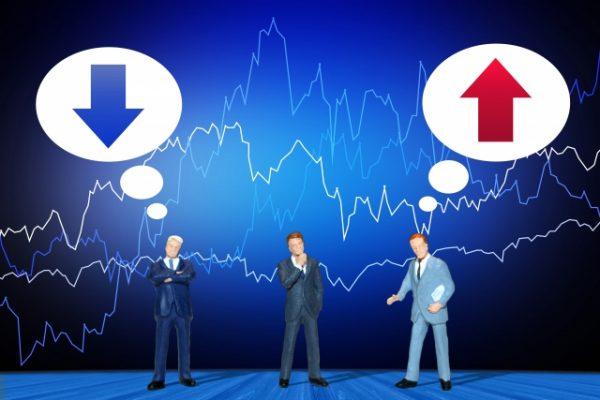 ドルコスト平均法のメリット・デメリットとリスク